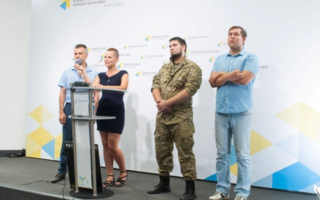 Activists: Over twenty food outlets throughout Ukraine to feed ATO troops free of charge