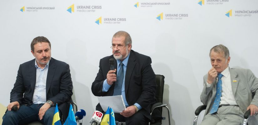 Crimean Tatars call for creating civil headquarters and mass blockade of Crimea