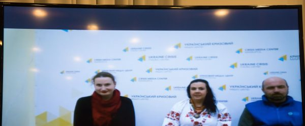 Kyiv-based theatres team up to stage a play for children in Mariupol