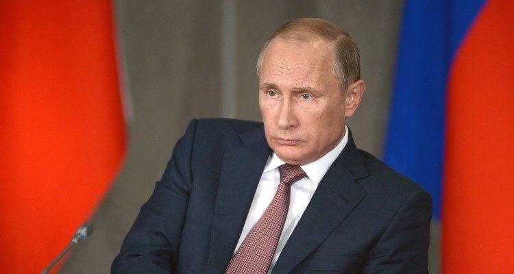 HOW PUTIN LOST UKRAINE: The Kremlin hubris that led Russia into self-defeating Ukraine hybrid war