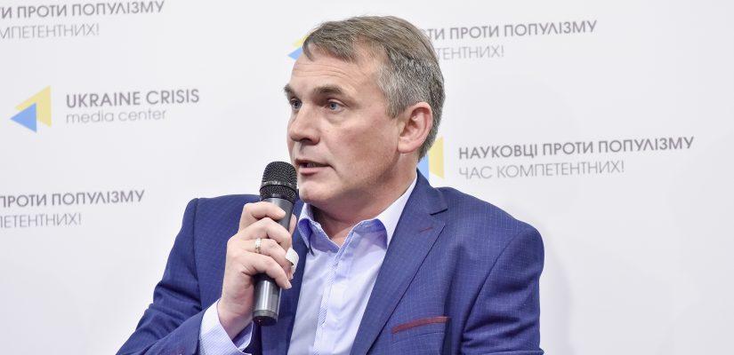 "Experts: Fake ""communities"" threaten Ukraine's national security"